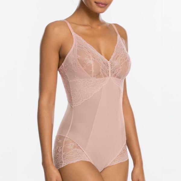 Spanx Spotlight on Lace Bodysuit Vintage Rose